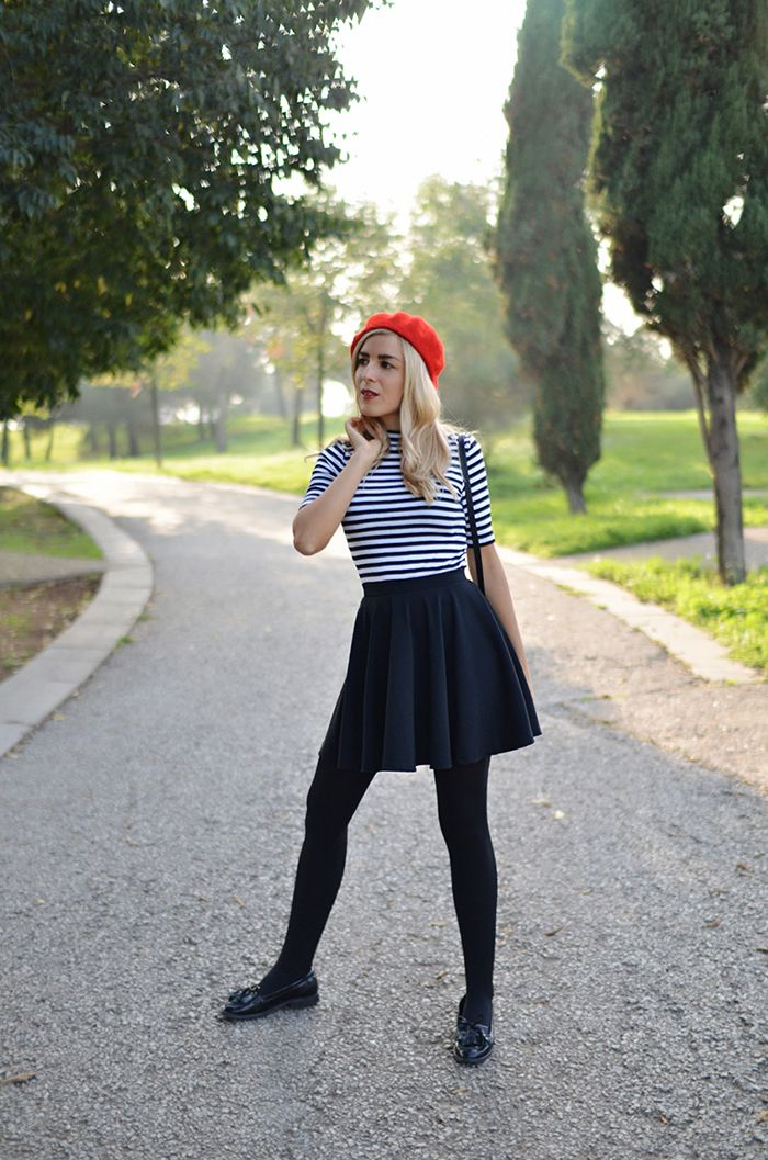 #red #beret #boina #roja #inspiration #stripes #striped #top #skater #skirt #french #style #chic #parisian #parisienne #street #style #red #lips #chic #french #hm #fashionblogger #ootd #wiwt #wiw #whatiwore #whatiworetoday #outfit #outfitoftheday #lookoftheday