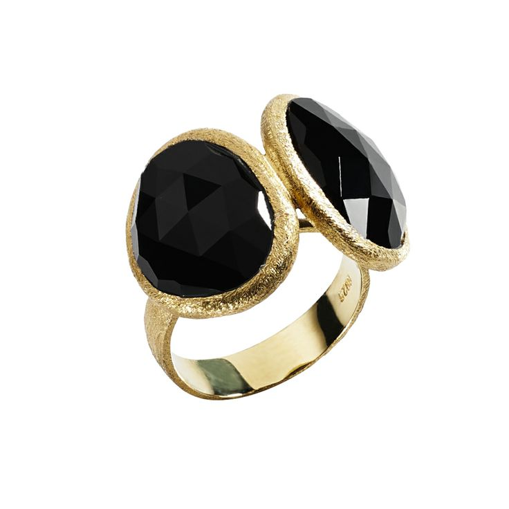 Oxette Gold plated Silver 925 Ring - Available online here: http://www.oxette.gr/kosmimata/daktulidia/ring-black-onyx-gold-plated-silver-153l-1/   #oxette #ring