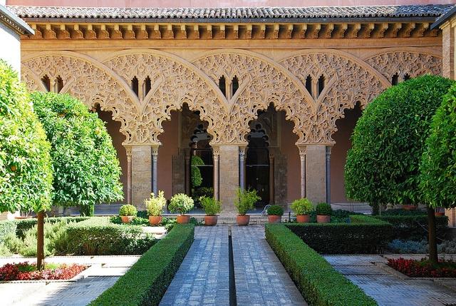 The Aljaferia Palace, Zaragoza, Spain. Palacio de la Aljafería, Zaragoza, España.