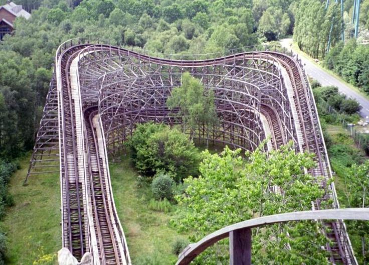 31 best parc asterix images on pinterest roller coaster roller coasters and amusement parks. Black Bedroom Furniture Sets. Home Design Ideas