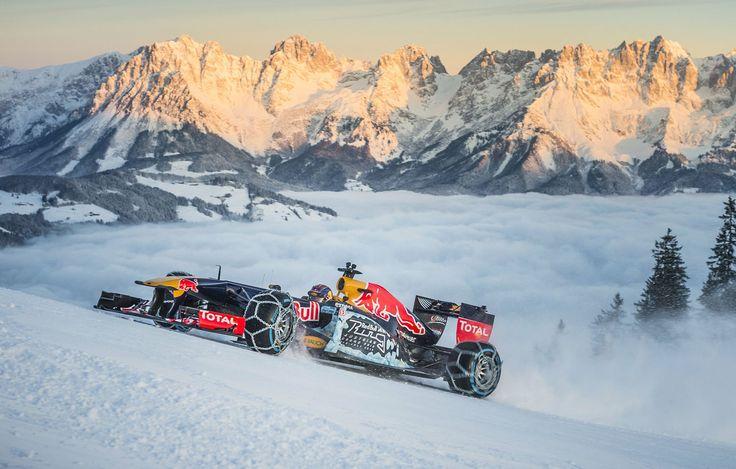 GALERIE: Tomu neuvěříte: Formule 1 se nebojí sněhu, řádí na sjezdovce v Alpách (videa) | FOTO 27 | auto.cz