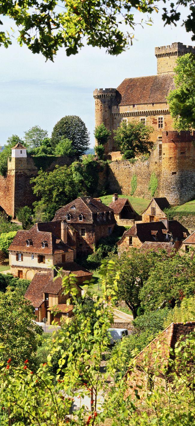 Village de Castelnau-Bretonnouxcommune de Prudhomat au nord du Lot, Midi-Pyrénées, France