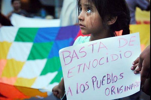 Protesta por los delitos cometidos hacia los pueblos originarios.