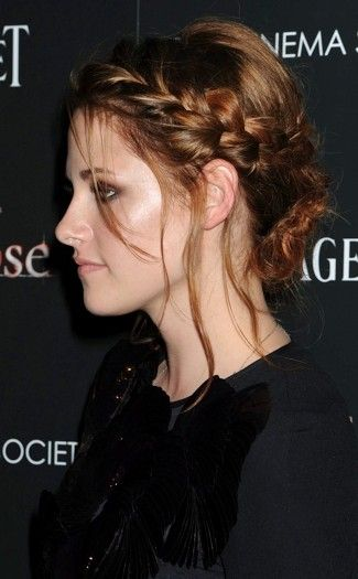 loads of photos of plaited hairstyles, great for ideas for hairdos, #hair #plaits