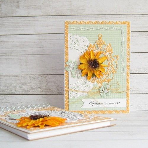 Notes and card with sunflower made by Maarchewkowa. Papers from Be Optimistic collection.