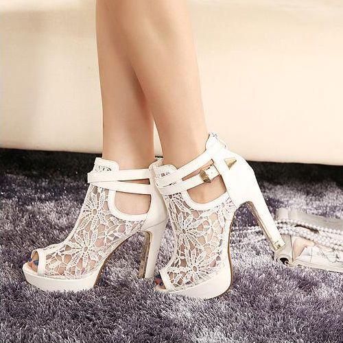White Lace Design Chunky Heel Peep Toe Fashion Sandals