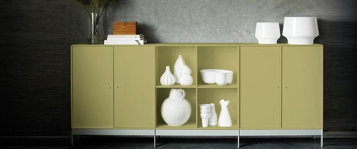 ABC Reoler: Quadrant   Dressoir meubel met deuren. Kast staat op metalen poten. Kleur: Accent green #kast #meubel #design #abcreoler