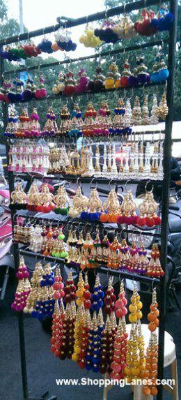 Jewellery On Mg Road, Pune.