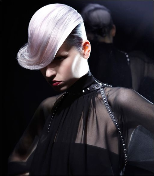 SHORT_Hair by Francesco Fontanta | Get the look_Label.m Hair Polish/ Label.m Thickening Cream