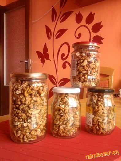 Zavárané orechy na sucho v mikrovlnke