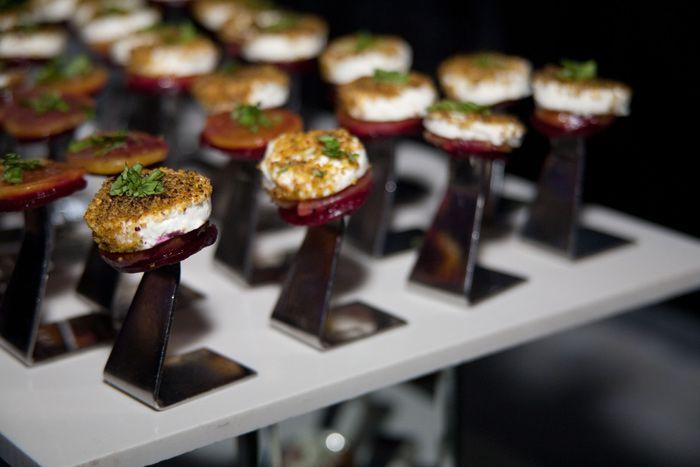 Свекольный кейтеринг: 7 элегантных блюд из скромного корнеплода | Event.ru