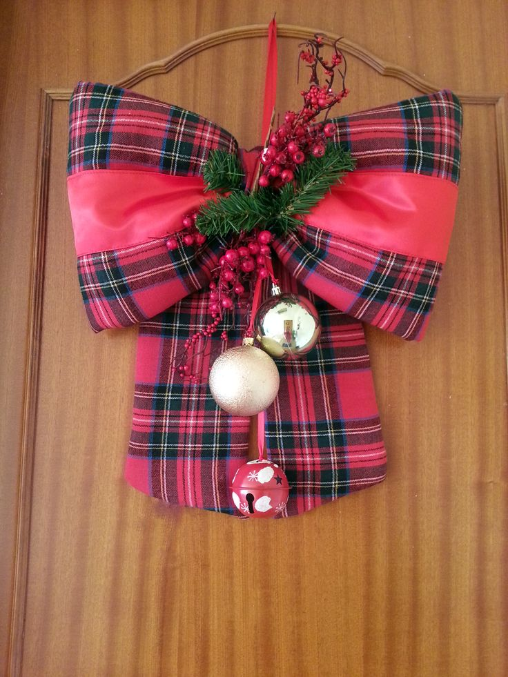 CHRISTMAS BOW OUT DOOR! #TARTAN #CHRISTMAS #DECORATIONE