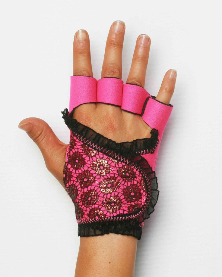 Vegan Fitness Gloves: 41 Best Red HOT Holiday Countdown Images On Pinterest