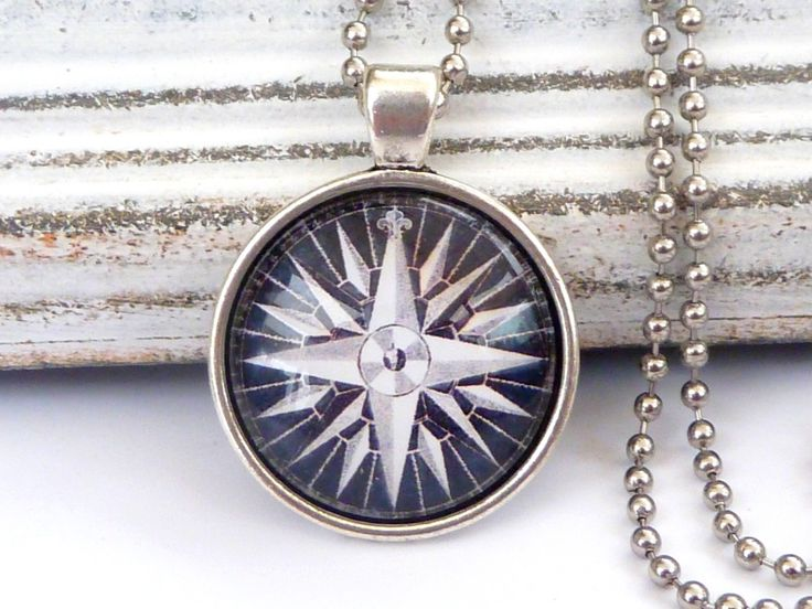 Maritim Necklace in silver with lovely compass motif, navigation, seafaring necklace, man necklace, sea, ship - pinned by pin4etsy.com