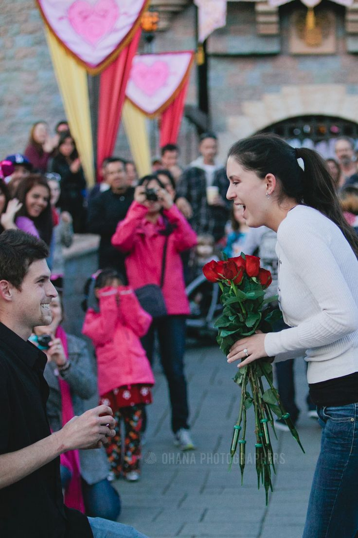 Disneyland wedding proposal // #disneywedding