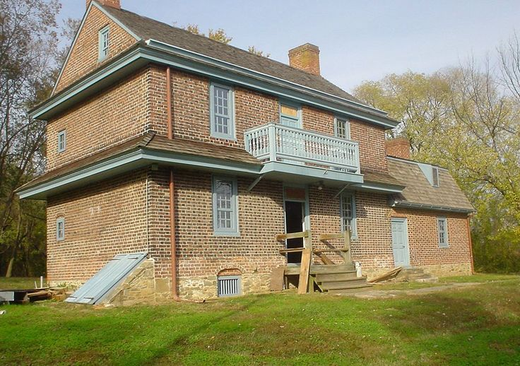 101 best images about historic homes of pennsylvania on pinterest museums house and philadelphia - Two story gable roof houses ...