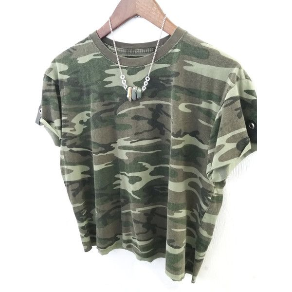 ≫≫&Gt Upcycled Camouflage Crop Top Vintage Army T-Shirt Military... ($20) ❤ liked on Polyvore featuring tops, t-shirts, grey, women's clothing, camo crop top, leather t-shirt, crop t shirt, crop top and military fashion