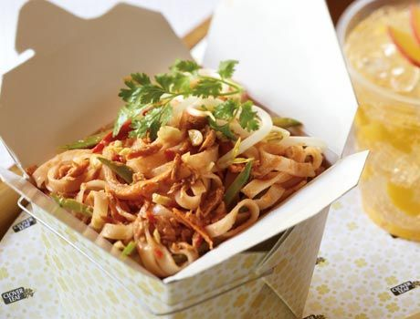 Spicy Tuna Pad Thai. Looking for a tasty low cal substitute for that 1000-1400 calorie take-out Pad Thai? We're REINVENTING FAST FOOD with our Clover Leaf 'Spicy Tuna Pad Thai' recipe. At only 310 calories, you can forget that guilty feeling ;)