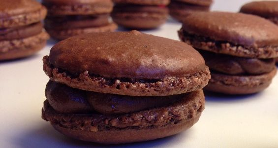 Macarons au chocolat uden sirup metoden