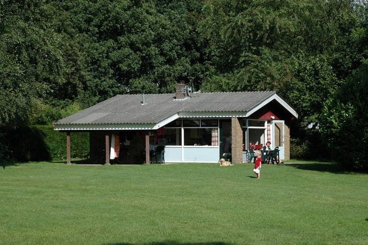 Voor een divers aanbod van vakantiehuizen in Gelderland kun je kijk op onze website:  http://www.recreatiewoning.nl/woning-zoeken/huur/nederland/gelderland/-/-/-/1