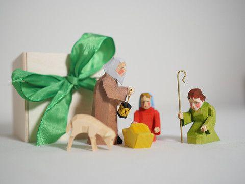 Minature navity scene in a box – Adornare premium Christmas range from Bettina Franke