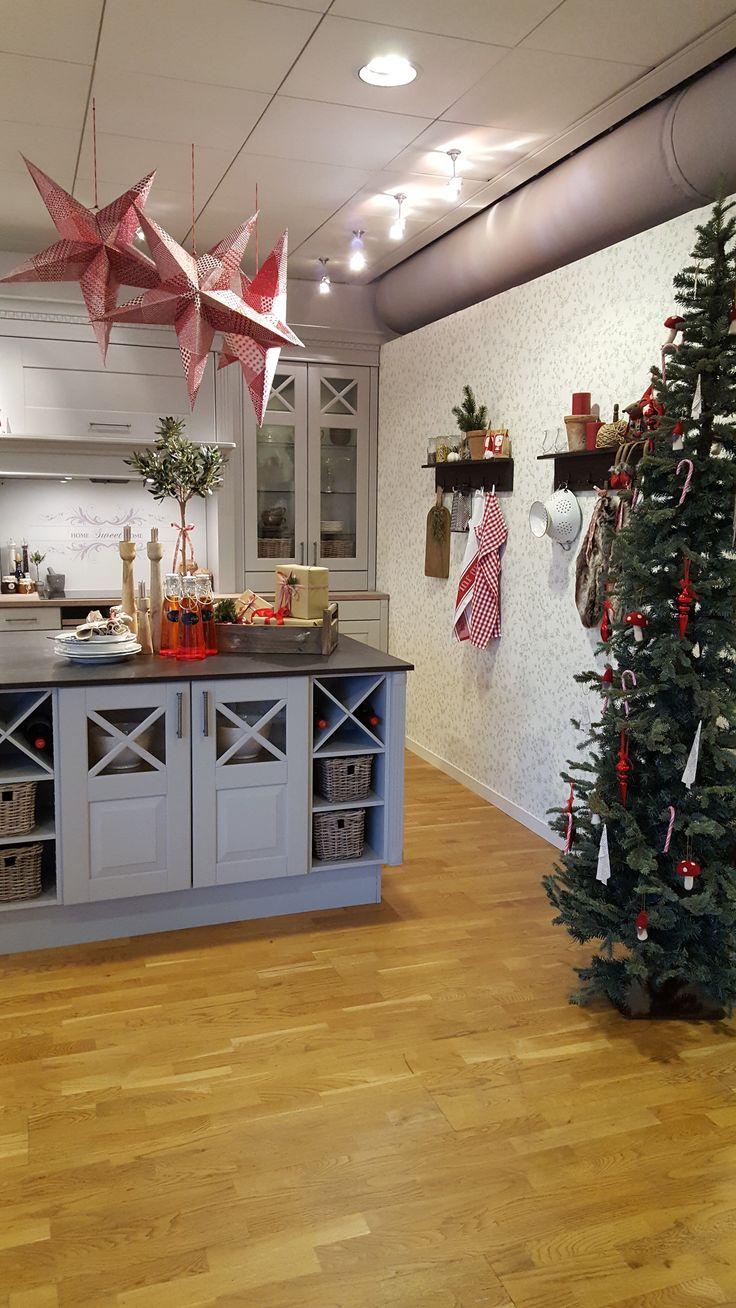 Studio Sigdal Ålesund Herregård Eik Palett Styling: Amalie Fagerli  Christmas, Kitchen, Nordic christmas, Table setting