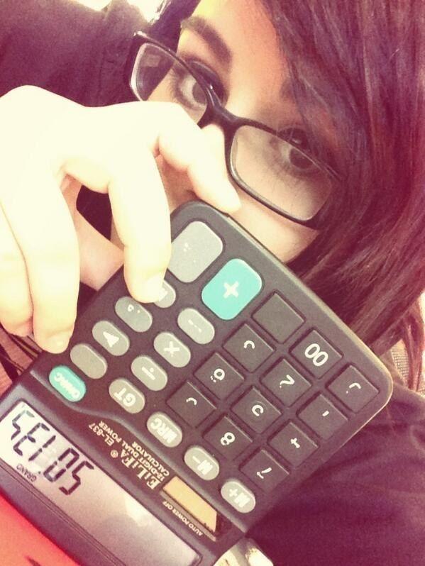 E quando foi a última vez que você usou uma calculadora sem ser para fazer sacanagens como essa?   12 coisas que você não usa há mais de dez anos e nem percebeu