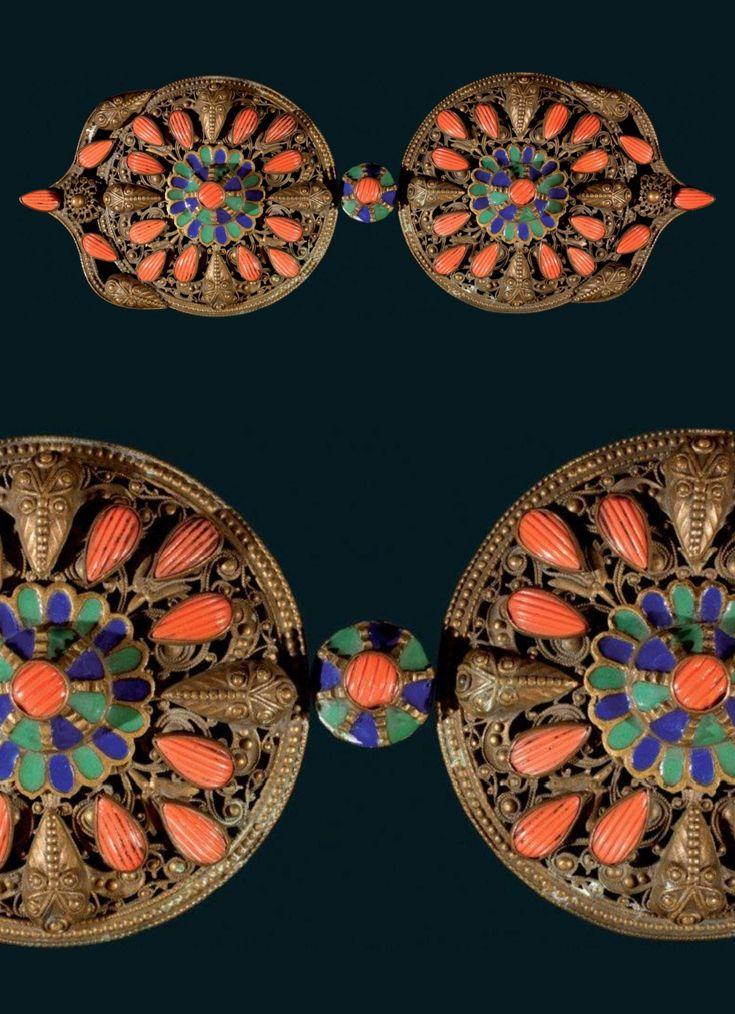 (Pharyah) Turkey ~ Saphrambolou | Belt buckle; gilt metal, enamel and coral | 19th century | Est. 1'500 - 2'000 € ~ (Dec '11)