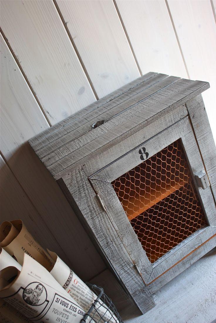 best 25 meuble garde manger ideas on pinterest. Black Bedroom Furniture Sets. Home Design Ideas