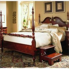 10 Popular Styles of Bedroom Furniture -- Which is Right for You?: Queen Anne