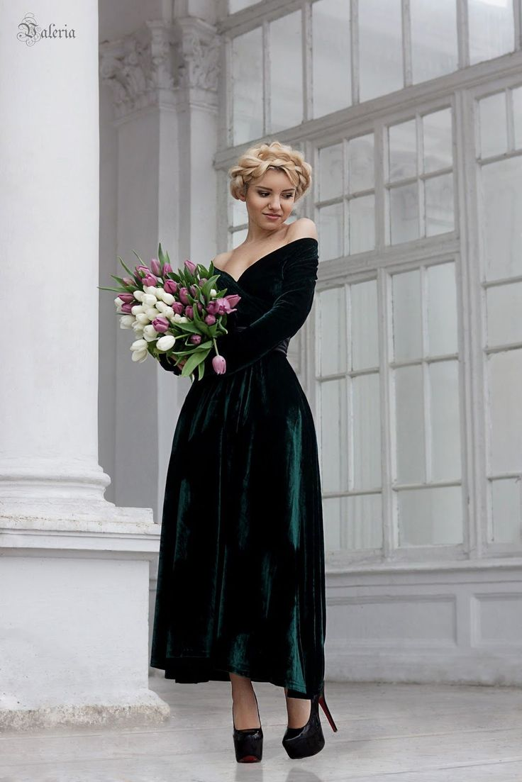 emerald green velvet bridesmaid dress long sleeve off-shoulder budget
