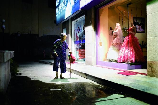 Night Walk, China, 2007 by Polly Braden #Street_Photography #Polly_Braden