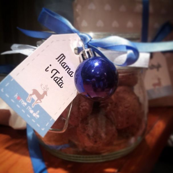 christmas jar with homemade chocolate truffles -  label project