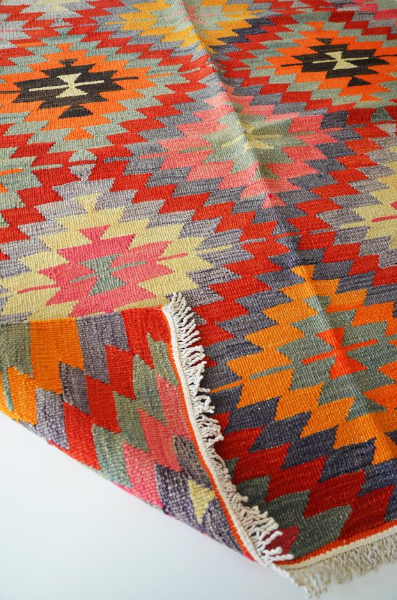 Rugs And Kilims Are The Master Elements Of Bohemian Style: 1000+ Ideas About Kilim Ottoman On Pinterest