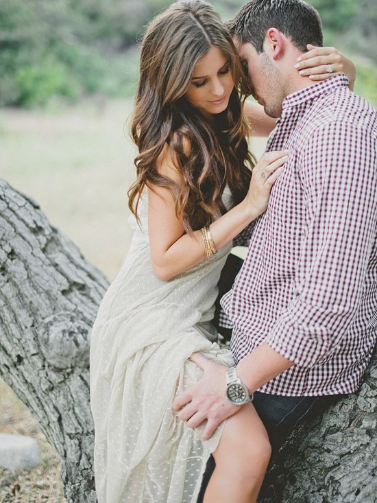great engagement shot with great outfits