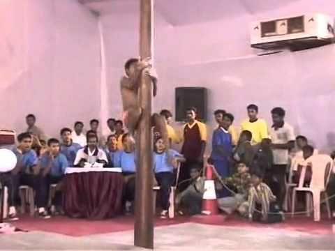 超強的印度鋼管舞