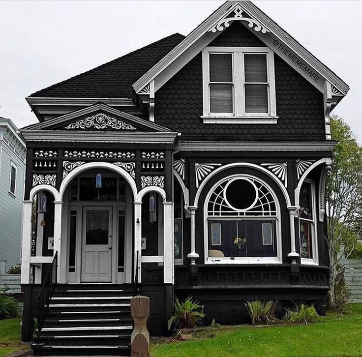 25 best ideas about Old Victorian Homes on Pinterest