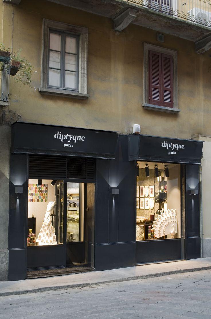 boutique Diptyque, via Brera n. 23 a Milano. La prima boutique diptyque in Italia. #boutiquediptyqueMI #baraparfumsbrera23