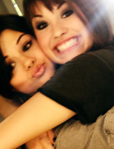 Selena Gomez e Demi Lovato. ~The good old dayss