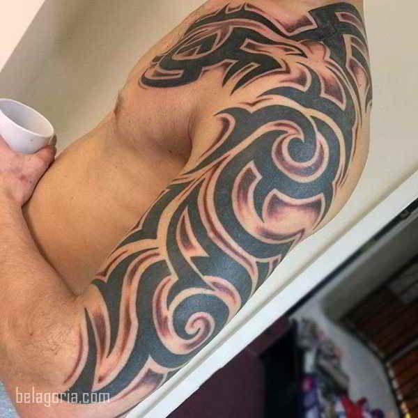 Imagen De Un Tatuaje Tribal Para Hombre Mejores Tatuajes Tribales Tatuajes Tribales Tatuajes