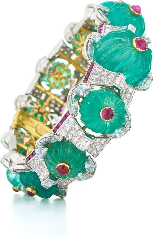 Couture - Summer Berries Bracelet - Fluted emeralds, cabochon and baguette-cut rubies, marquise-, baguette-, and brilliant-cut diamonds, 18K gold, and platinum | David Webb New York