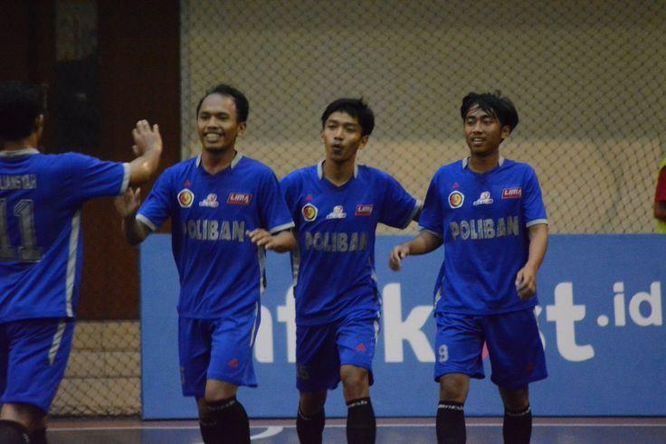 Namun Poliban langsung membalas. Dua menit berselang, Hafist kembali berhasil mencetak gol keduanya untuk Poliban Poliban Di LIMA Futsal Nationals 2017.