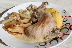 """Lapin à la moutarde """"Cookeo"""" Ingrédients : - 4 épaules de lapin (Pattes avant) - 1 oignon - 1 petite boite de champignons de paris entier - 1 petite c. à soupe de farine - 1 c. à soupe de vin blanc - 1 c. à soupe de moutarde de Dijon - 1 c. à soupe de..."""