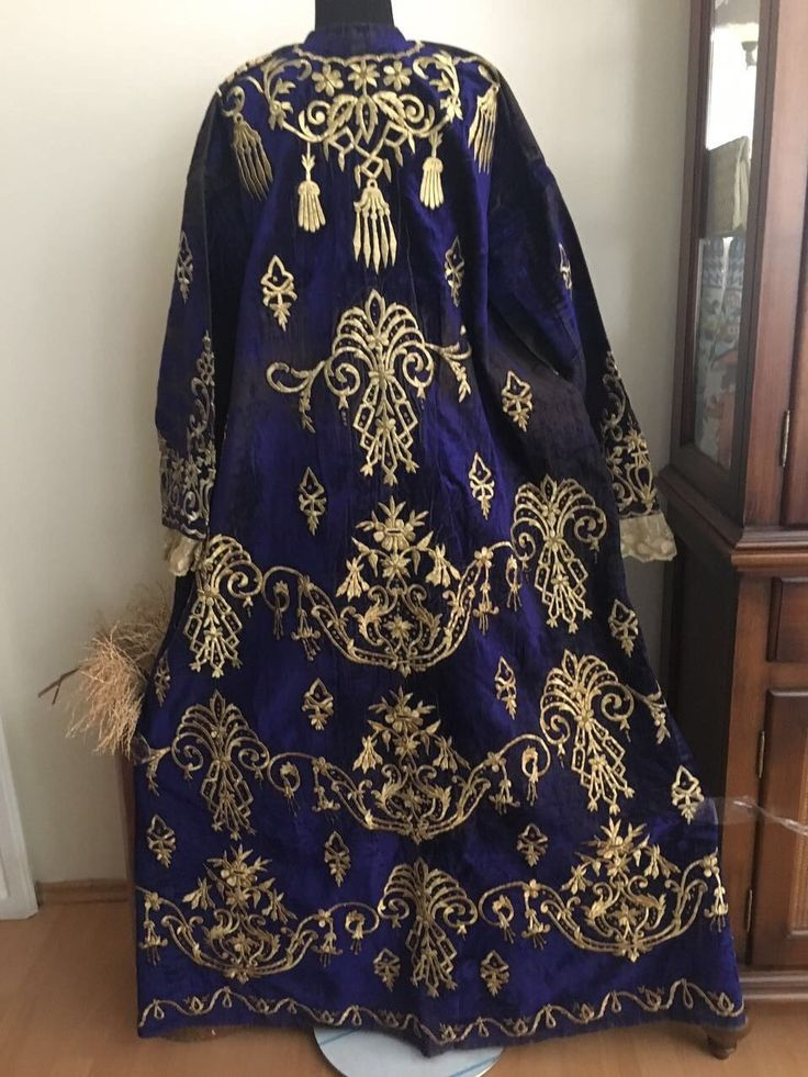 19th ANTIQUE OTTOMAN-TURKISH GOLD METALLIC DIVAL HAND EMBROIDERIED BRIDAL DRESS* 7
