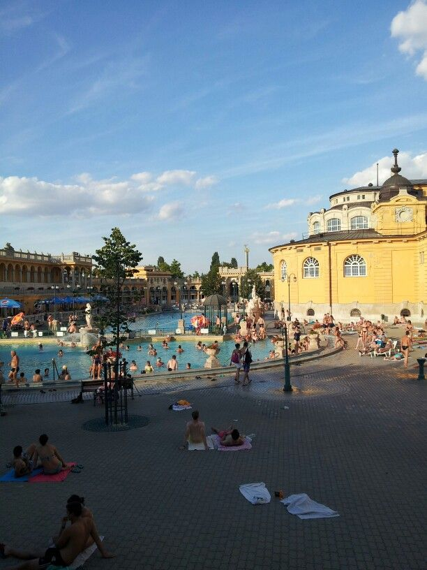 Spent the rest of the day at Szechenyi Thermal Baths to recover. Another highlight of the trip. Ice baths, saunas, steam rooms and hot water baths. Felt so much better afterwards.