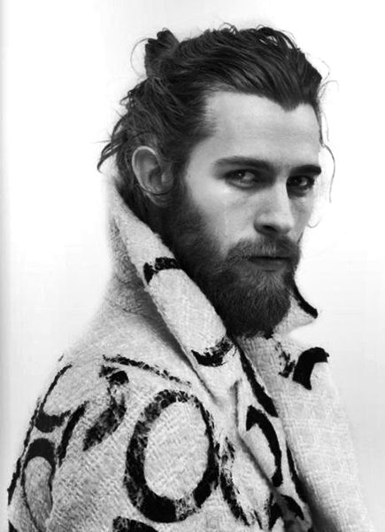 why are guys with beards sooooo hot to me?? yes please!