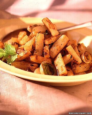 celery root, potato and leek home fries.  yum.