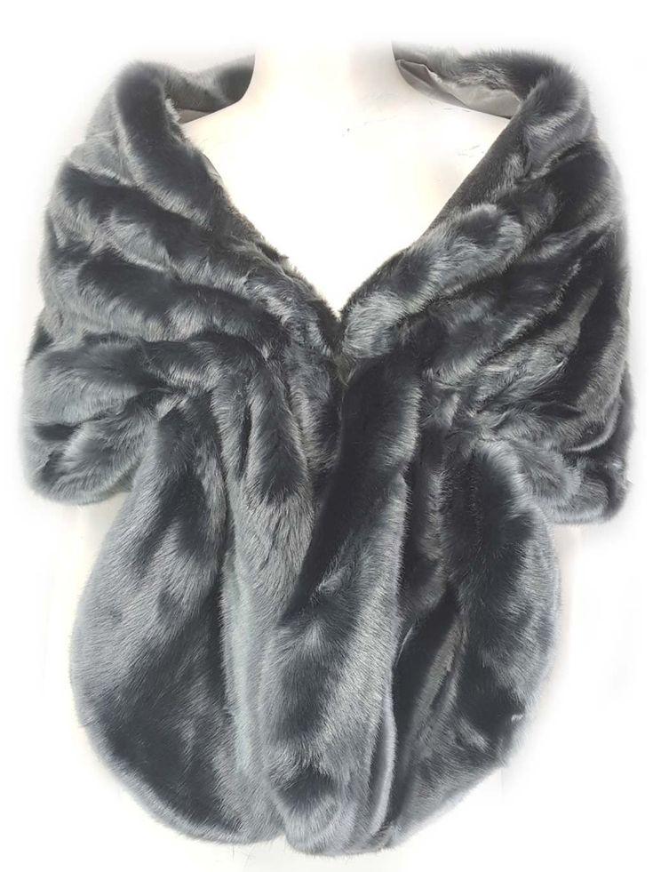 Xiamo Grey Faux Fur Shawl