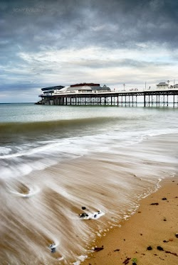 Cromer Pier & beach, Norfolk, UK