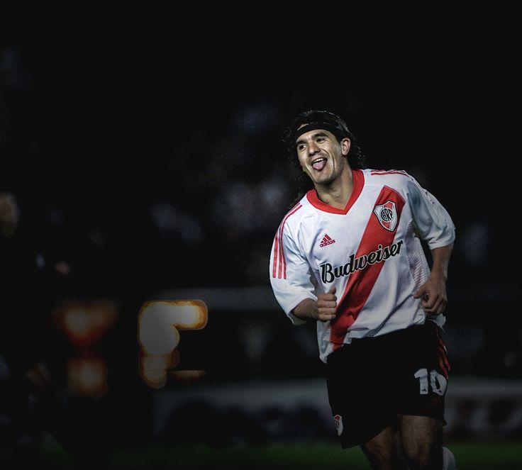 Feliz cumpleaños Ariel Arnaldo! #FelizCUmpleBurrito #River #Idolo